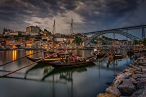 Фотографии Мост Реки Лодки Португалия Вечер Набережная Vila Nova de Gaia город