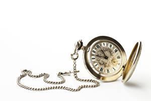 Обои для рабочего стола Часы Циферблат Наручные часы Белым фоном Цепи
