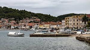 Картинки Хорватия Берег Дома Пристань Катера Vera Luka город