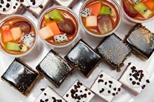Фотографии Десерт Пирожное Шоколад Желе Кофе Продукты питания