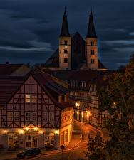Картинка Германия Здания Улице Ночные Уличные фонари Nordhausen Thuringia город