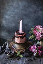 Картинка Праздники Натюрморт Торты Шоколад Свечи Дизайна Пища