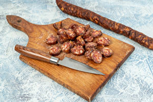 Обои Нож Колбаса Разделочной доске Нарезка Продукты питания