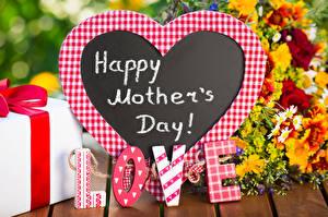 Обои для рабочего стола День матери Любовь Английская Слова Сердечко