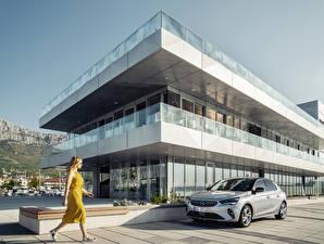 Картинка Opel Серебряная 2019-20 Corsa автомобиль