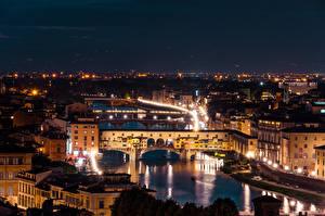 Картинка Речка Мосты Италия Флоренция Ночные Arno River, Ponte Vecchio
