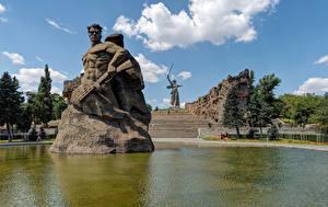 Картинки Россия Парки Пруд Памятники Лестница Волгоград Mamayev Kurgan