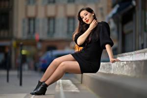 Фотографии Боке Лестницы Сидящие Ног Платья Sarah девушка