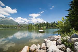 Обои Словакия Камень Озеро Лодки Tatras Mountains Природа