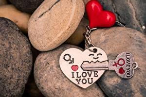 Фото Камень День всех влюблённых Сердечко Ключом I love You