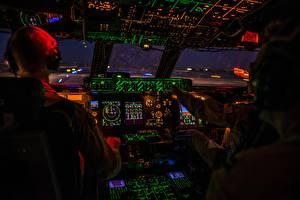 Картинки Кабина пилота USAF, C-5M Super Galaxy