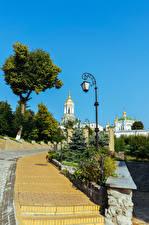 Фотография Украина Киев Храм Уличные фонари Лестницы Pechersk Lavra complex город