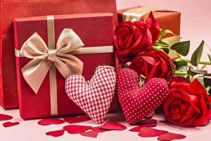 Фотография День всех влюблённых Роза Сердечко Красная Подарок Бантики цветок