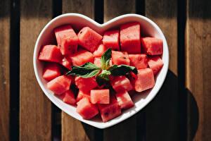 Картинки Арбузы Сердце Кубик Часть Пища