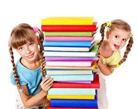 Обои Белом фоне Вдвоем Девочки Книга Взгляд Косы Дети