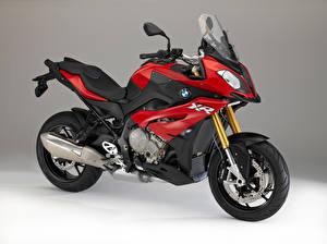Фотография БМВ Сбоку Красная S 1000 XR 2015-16 мотоцикл