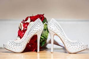 Обои для рабочего стола Букет Кольца Туфли Свадьба