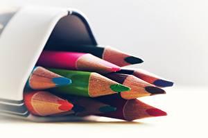 Картинка Вблизи Разноцветные Карандаш