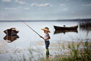 Фотография Рыбалка Удочка Лодки Мальчики Шляпе Valeria Kasperova ребёнок