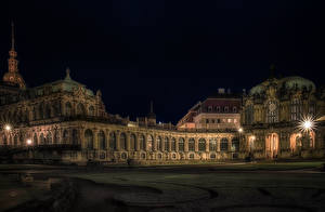 Картинка Германия Дрезден Дворца Ночные Лучи света Музеи Zwinger palace город