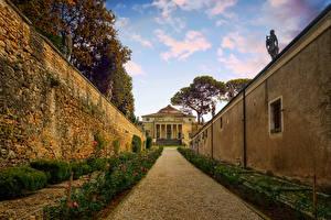 Фотографии Италия Вилла Венеция Стенка Кустов Palladian villas Vicenza город