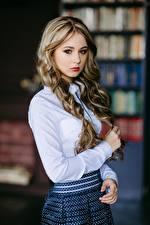 Картинка Размытый фон Блузка Руки Волос Милые Взгляд Красивая Ksenia, Kirill Sokolov молодые женщины