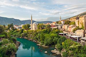 Обои Гора Река Мечеть Здания Босния и Герцеговина Mostar