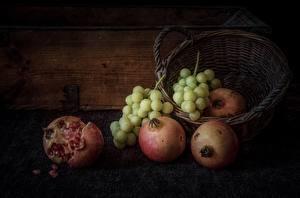 Фотография Гранат Виноград Натюрморт Корзина