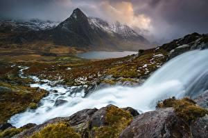 Фотографии Камень Водопады Гора Великобритания Пейзаж Облака Уэльс Snowdonia National Park, Gwynedd Природа