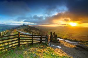 Обои Рассвет и закат Англия Забор Холмы Облачно Mam Tor, Peak District, Derbyshire