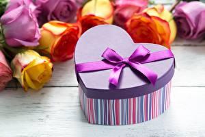 Обои День святого Валентина Коробка Бант Сердце