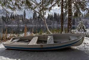 Обои для рабочего стола Зима Лодки Швейцария Снегу Lake Cresta Природа