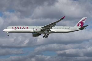 Картинка Эйрбас Самолеты Пассажирские Самолеты Сбоку Qatar Airways, A350-1000 Авиация