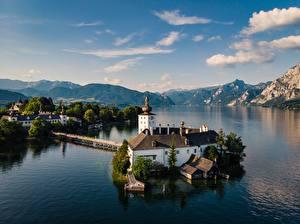 Фото Австрия Озеро Небо Гора Церковь Облачно Альп Traunsee Природа