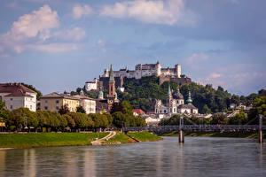 Фото Австрия Зальцбург Река Мосты Здания Замок Города