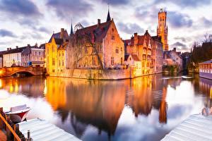 Обои Бельгия Брюгге Здания Водный канал город