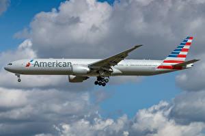 Картинка Боинг Самолеты Пассажирские Самолеты Сбоку American Airlines, 777-300ER