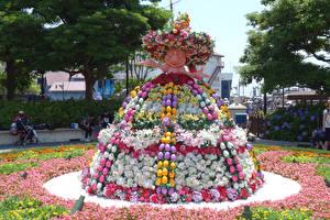Фото Пасха Япония Токио Парки Диснейленд Розы Лилия Дизайна Шляпа Яйца Disney Resort Природа
