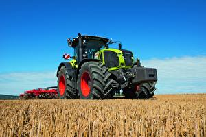 Фотографии Поля Сельскохозяйственная техника Трактора Claas Axion 950