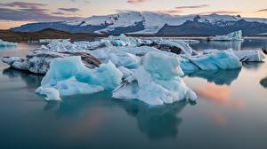 Картинки Исландия Воде Гора Льда Снега