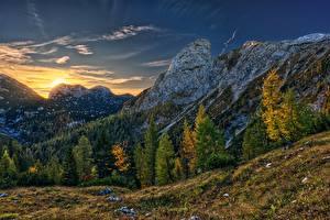 Фото Горы Рассвет и закат Осень Австрия Дерево Альпы Hochkogel Mountain Природа