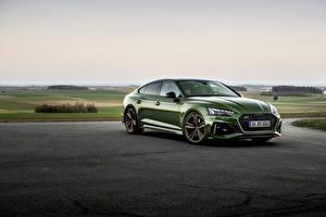 Фотографии Ауди Зеленая Металлик RS5 Sportback, 2020