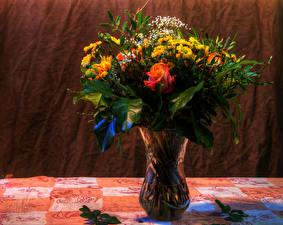 Картинки Букет Розы Хризантемы Ваза Цветы