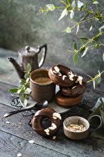 Фотографии Пончики Шоколад Кофе Доски Кружка Еда