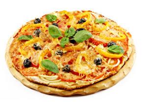 Фото Фастфуд Пицца Сыры Белый фон Базилик душистый Продукты питания