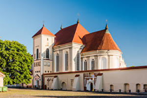 Картинки Литва Храм Церковь Город Trinity Seminary Church Города