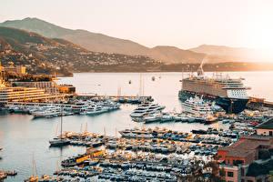 Картинки Монте-Карло Монако Рассвет и закат Пирсы Круизный лайнер Катера город