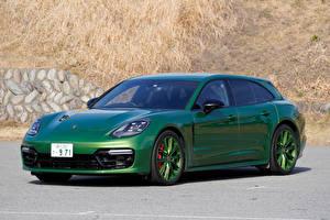 Картинки Порше Зеленые 2018-20 Panamera GTS Sport Turismo Автомобили
