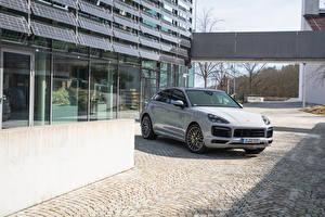 Фотографии Porsche Серая Купе Гибридный автомобиль Металлик 2019-20 Cayenne E-Hybrid Coupé SportDesign Package Worldwide