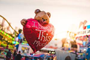 Фото Плюшевый мишка Боке Английская Слова Сердечко Воздушные шарики